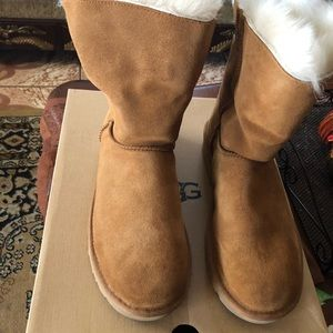 🔘🆕WOMEN UGG BOOTS SIZE 10🔘